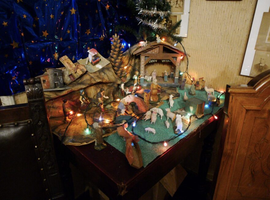italian-presepe-nativity-scene-02