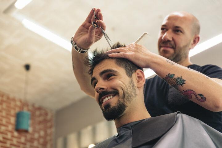 man getting an haircut