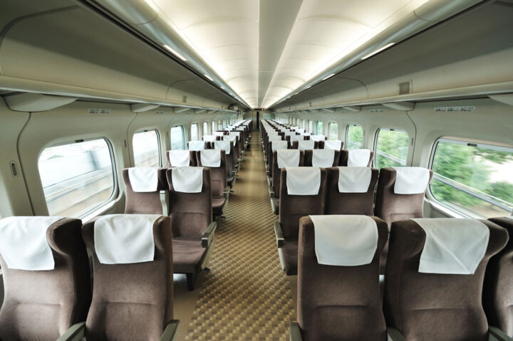 interior o passenger train