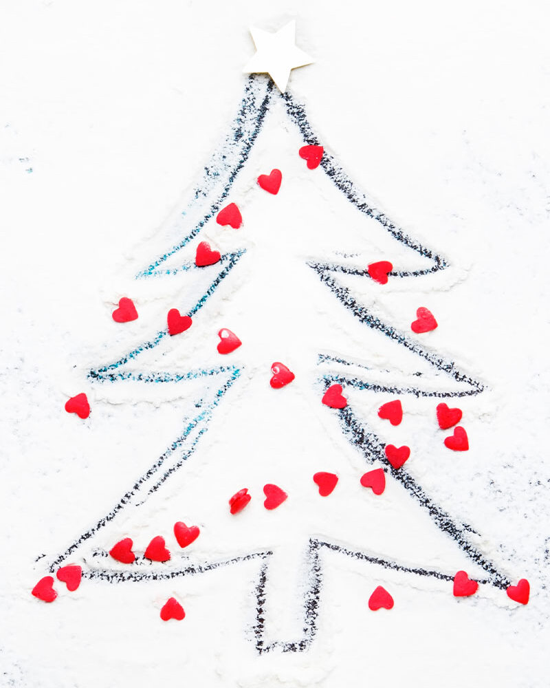 christmas tree decorated with hearts