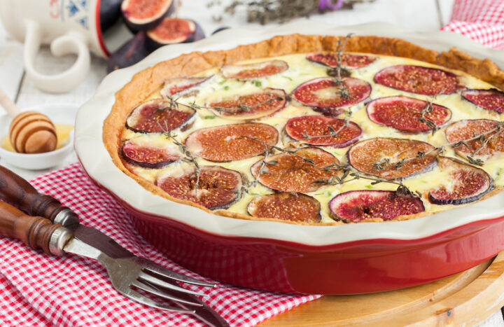 Quiche with figs, thyme and honey.selective focus